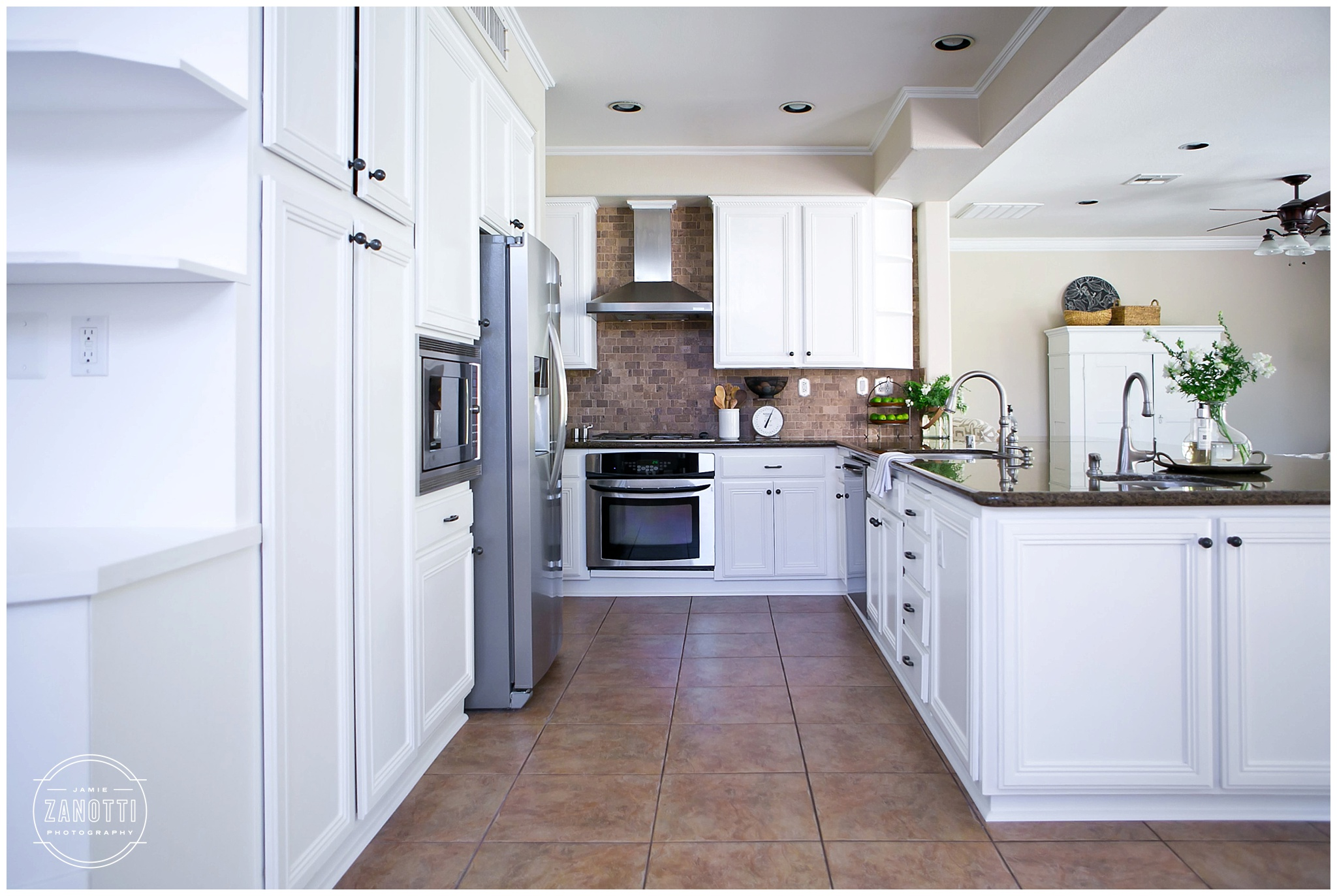 Diy Fixer Upper Style White Painted Kitchen Before And After